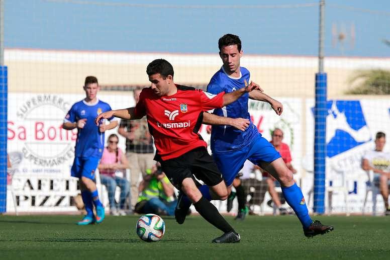 Bernal jugó la pasada temporada en Formentera, en el Grupo XI de la Tercera División. FutbolPitiuso