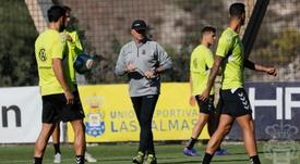 Mel recuperar a siete efectivos ante el Oviedo. Twitter/UDLP_Oficial