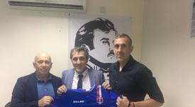 Pepe Murcia, en su presentación como nuevo entrenador del Al Sahaniya. Twitter-PepeMurcia