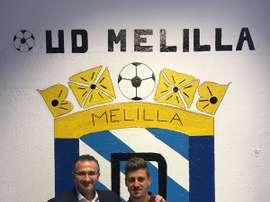 Pepe Romero, con el presidente de la UD Melilla. UDMelilla
