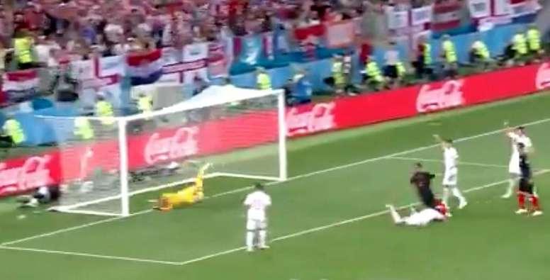 El futbolista puso el empate y pudo poner el 2-1. Captura/Telecinco