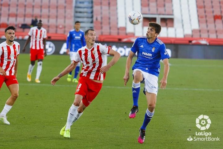 El Almería y el Oviedo empataron. LaLiga