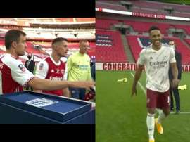 Aubameyang was left without a medal. Screenshots/DAZN