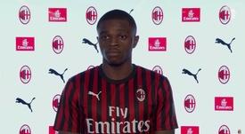 Pierre Kalulu rejoint Milan. Capture/ACMilan