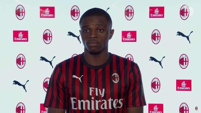 Kalulu è un giocatore del Milan. TwitterACMilan
