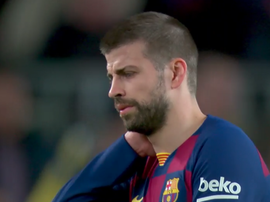 Pique had problems just before half-time. Captura/MovistarLaLiga