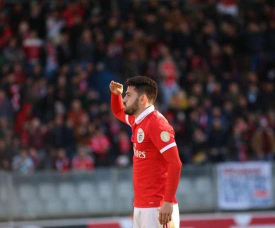 Virada, goleada e liderança para o Benfica. Twitter/SLBenfica