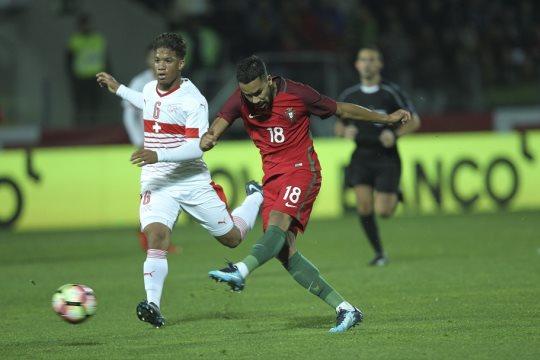 Portugal voltou às vitórias, com a marca dos 'Diogos'. FPF