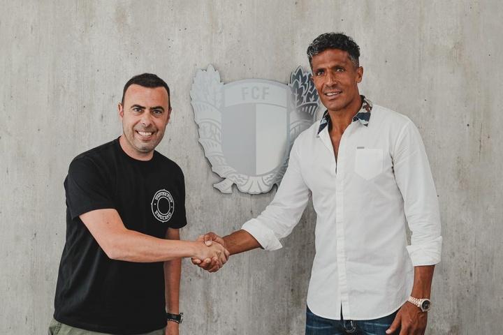 Bruno Alves à Crotone, 20 jours après avoir signé pour Famalicao. Twitter/FCF1931_Oficial