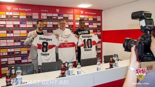 Gonzalo Castro y Didavi ya posaron con la camiseta de su nuevo equipo. Twitter/VfB