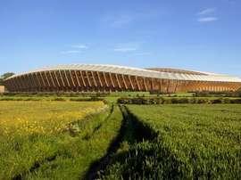 Este es el estadio de madera que quiere construir el Forest Green Rovers. ZahaHadidArchitects