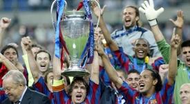 Puyol a appelé par téléphone Ronaldinho qui se trouve actuellement en prison. FCBarcelona