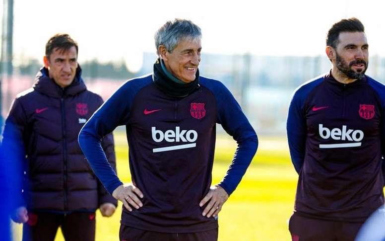 Une clause spéciale dans le contrat de Setién en 2021. Twitter/FCBarcelona
