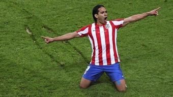 Falcao sabe lo que es marcar al Athletic en una final de Europa League. EFE