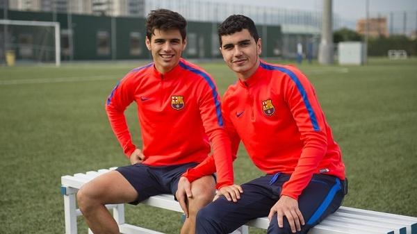 Ferran Sarsanedas, a la izquierda, renovará con el Barça. FCBarcelona