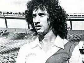 Carlos Randazzo, un mito viviente en el fútbol de la capital argentina. Goal