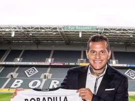 Bobadilla luce nuevo dorsal con el conjunto alemán. Borussia
