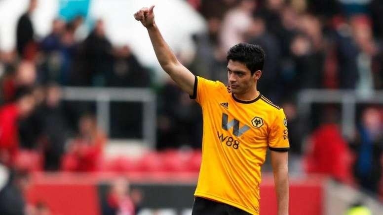 O mexicano foi escolhido o melhor jogador de novembro. EFE