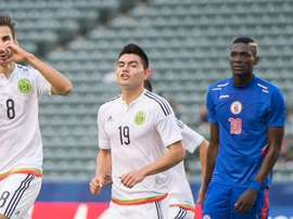 Raúl López hizo el 0-1 a favor de México frente a Haití. Twitter