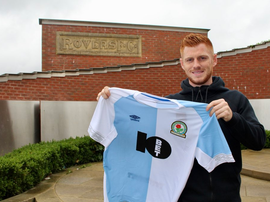 Reed is Tony Mowbray's sixth summer signing. Twitter/Rovers