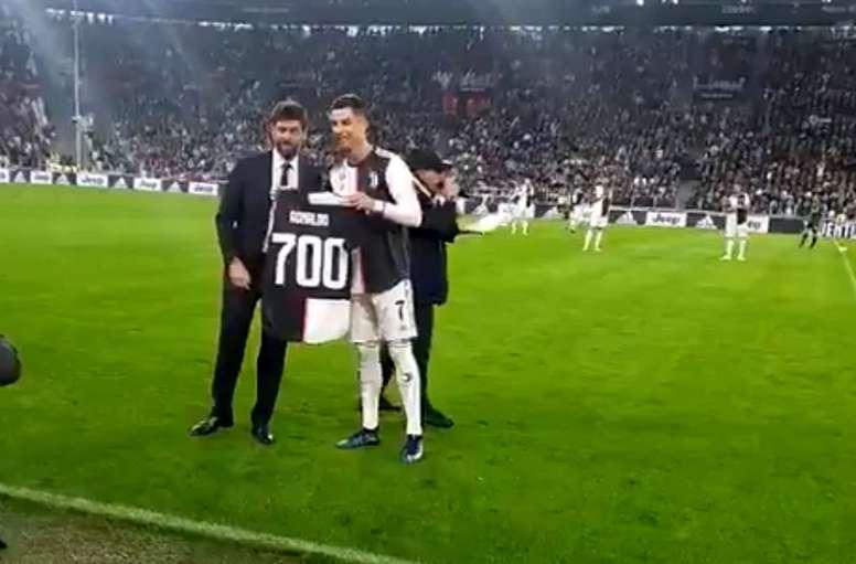 Cristiano Ronaldo marque le 700e but de sa carrière. BeSoccer