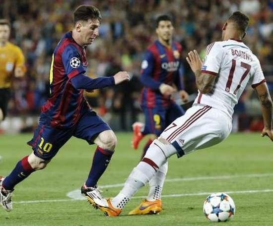 Boateng faz piada sobre o drible que levou de Messi. Twitter