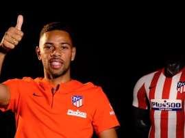 Filipe Luis elogiou Renan Lodi em sua despedida do Atlético. EFE