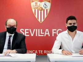 El canterano Pablo Pérez, sevillista hasta 2024. Twitter/SevillaFC