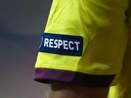 El jugador que intentó golpear con su pene a la asistente ha sido expulsado de su equipo.
