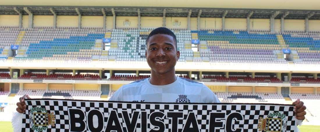 Panamiano de 24 anos reforça posição em desfalque na 'Pantera Negra'. BoavistaFC
