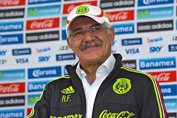 Ricardo Ferretti viste los colores de la selección de México. Twitter