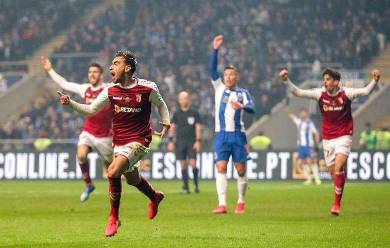 No apagar das luzes o Braga se consagra campeão. Twitter @ligaportugal