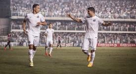 Vanderlei renueva con Santos hasta 2020. SantosFC