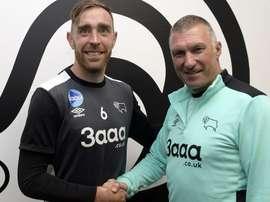 Richard Keogh renueva con el Derby County. DerbyCounty
