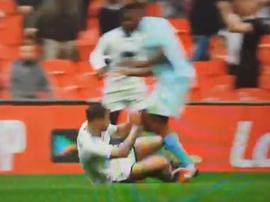 48 segundos... y expulsión: así comenzó la locura en Wembley. Captura