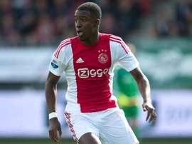Bazoer no ha disputado los minutos esperados y acumula intereses del fútbol europeo. Ajax
