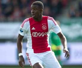 Bazoer ha sido relacionados con grandes equipos de la Premier y del 'Calcio'. Ajax