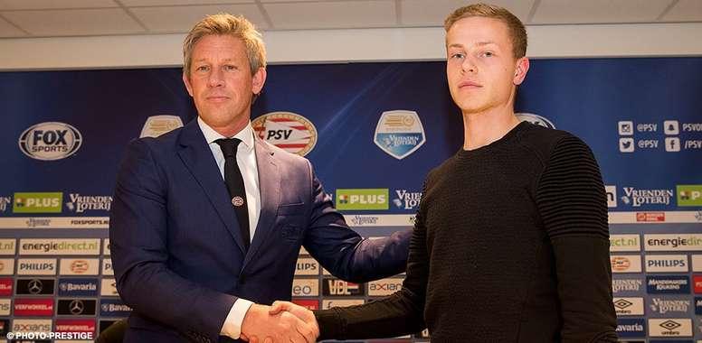 El centrocampista Dante Rigo firma hasta 2019. PSV