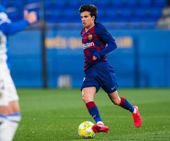 Riqui voltou ao time titular do Barça. FCBarcelonaB