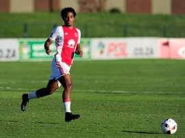 Coetzee permanecerá en Johannesburgo. AjaxCapeTown