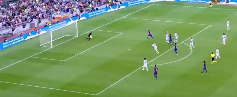 Rivaldo se mostró activo en el partido de leyendas. Youtube