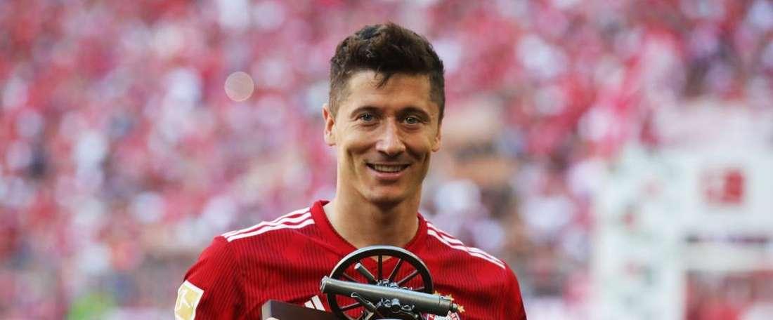 Robert et son trophée. FCBayern