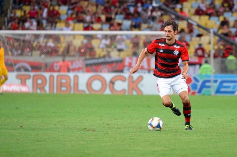 Samuel Umtiti décisif pour une priorité d'Abidal ? Flamengo