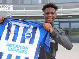 Yapi est un joueur de Brighton. OfficialBHAFC