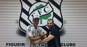 Figueirense prend le pari avec le fils de Romário