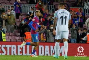 Barcelona sofre para empatar com Granada em casa. EFE