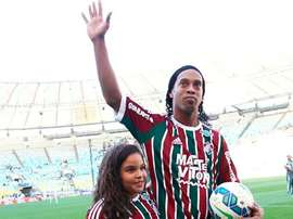 Ronaldinho saying goodbye to supporters at Fluminense. Twitter