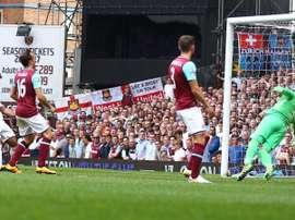 Routledge anota el primer tanto del Swansea en la goleada al West Ham. SwanseaCity
