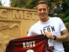 Roux ya luce con los colores de su nuevo equipo. FCMetz