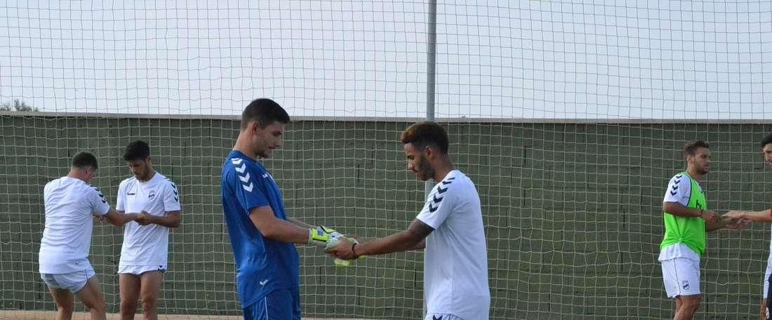 Los jugadores no tienen cabida en el Lorca. LorcaFC